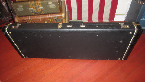 1969 Rickenbacker Model 330 / 360 tolex guitar case
