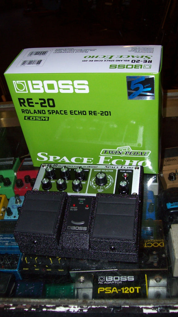 2019 Boss Roland RE-20 Space Echo Green and Black
