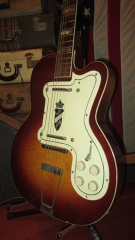 Vintage Circa 1961 Silvertone Model 1382L Thin Twin Jimmy Reed