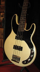 Vintage Original 1984 Robin Freedom Bass Double Pickup Pearl White, Rare!