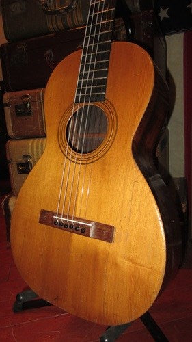 Circa 1928 Washburn Model 1915 Parlor Acoustic Guitar