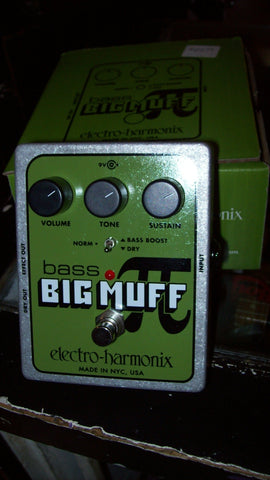 2019 Electro-Harmonix Bass Big Muff Chrome and Green