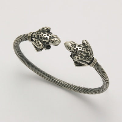 Two Sitting Frogs Bangle Bracelet