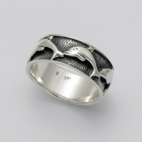 Wide Banded Dolphin Line Ring