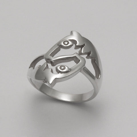 Intertwined Horses Ring