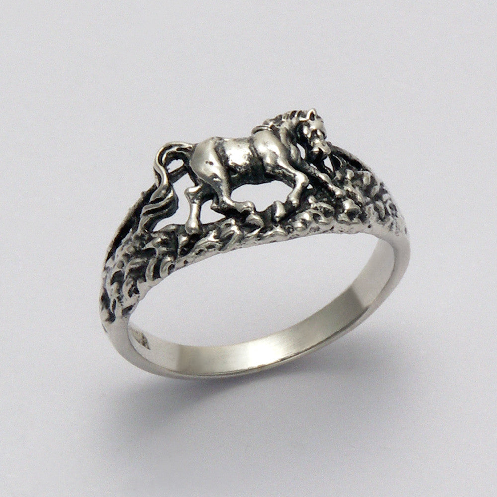 Rocky Horse Ring