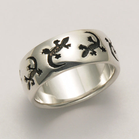 Lizard Imprint Band Ring
