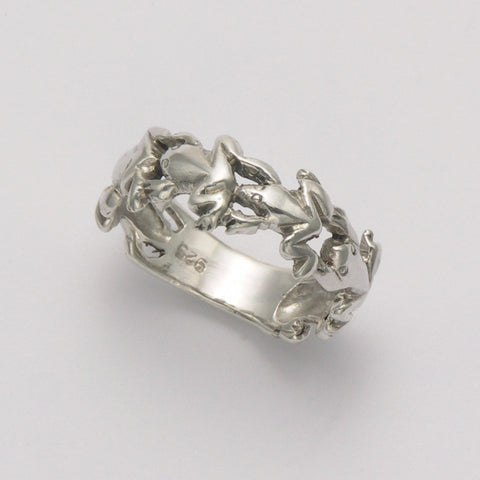 Leaping Frogs Band Ring