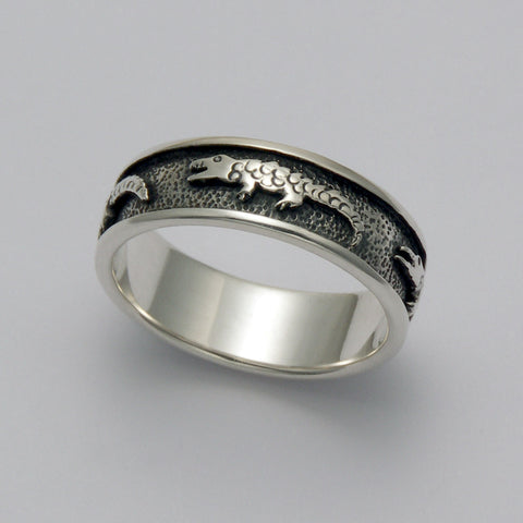 Raised Alligator Band Ring