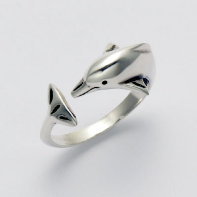 Perfect Dolphin Ring