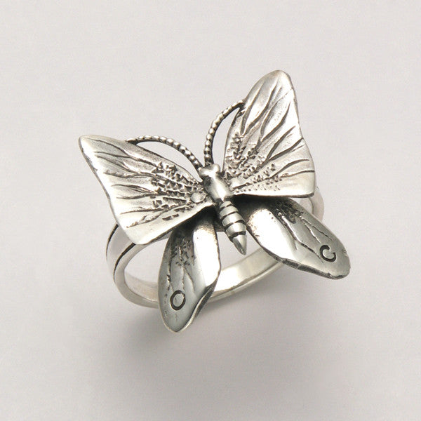 Butterfly w/ Movable Wings Ring