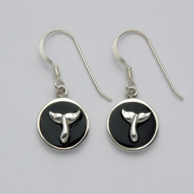 Onyx Circle with Raised Whale Tail Earrings