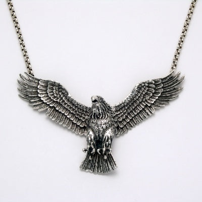 "Movable Wing Eagle Pendant w/20"" Chain"