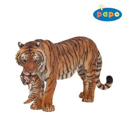 Papo Tigress with Baby