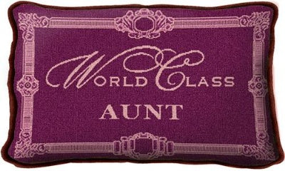 World Class Aunt (Pillow)