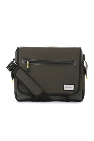 Antler Urbanite Evolve Messenger Khaki Bag