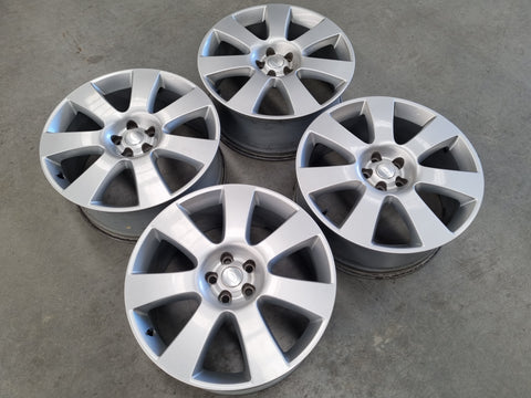 22 Inch Genuine Range Rover Vogue Silver Alloy Wheels Set of 4