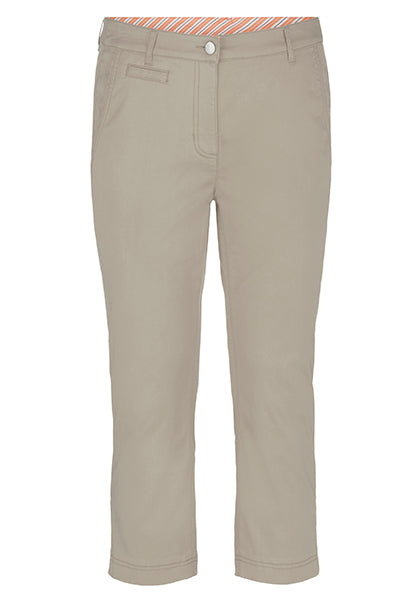 Ultra Soft Fly Front Capri