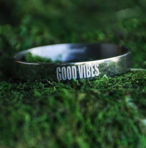 Good Vibes Link Bangle