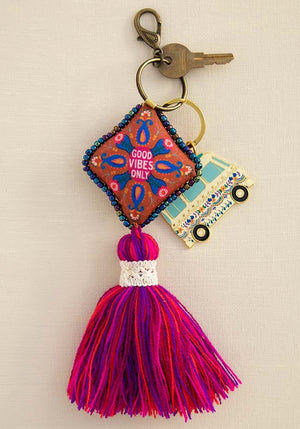 Good Vibes Only Mantra Keychain