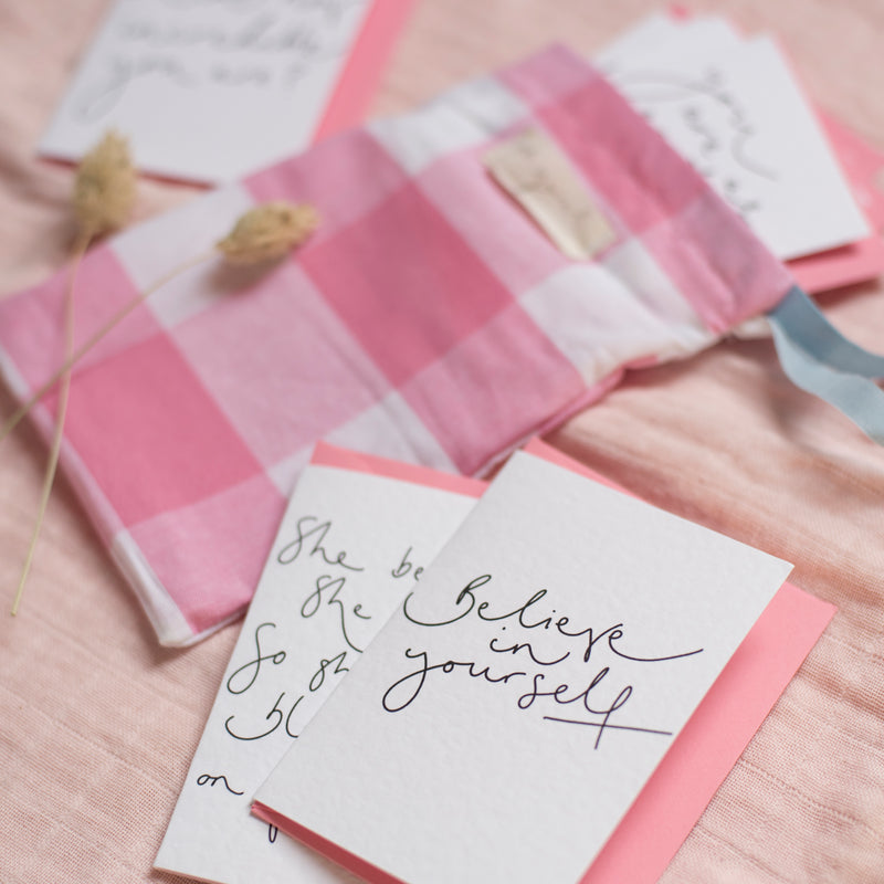 Mini Card Pack - Set of 8 Notelets in optional Gingham Bag