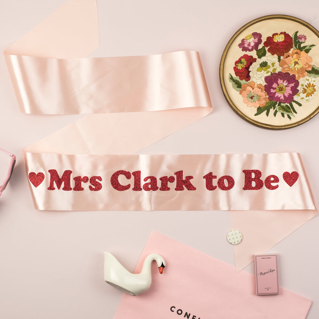 'Mrs To Be' Personalised Heart Detail Glitter Hen Party Sash