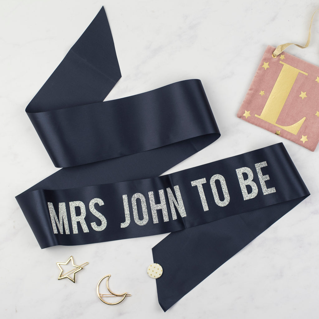 'Mrs To Be' Bold Personalised Silver Glitter Ribbon Hen Party Sash