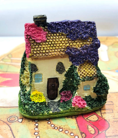 1 PC Decoration House Cottage Tiny Miniature Garden Plants Terrarium Doll House Ornament Fairy Decoration DH3818