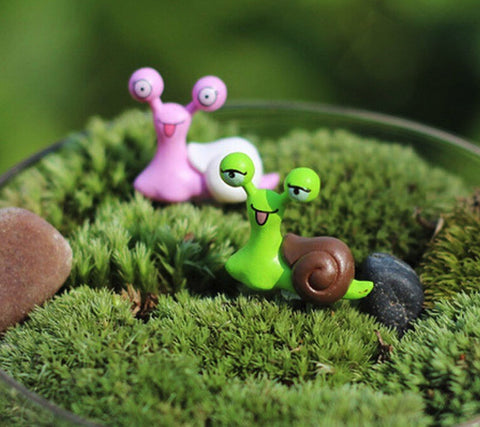 2 PC Pink Green Snails Miniature Garden Plants Terrarium Doll House Ornament Fairy Decoration AZ7988