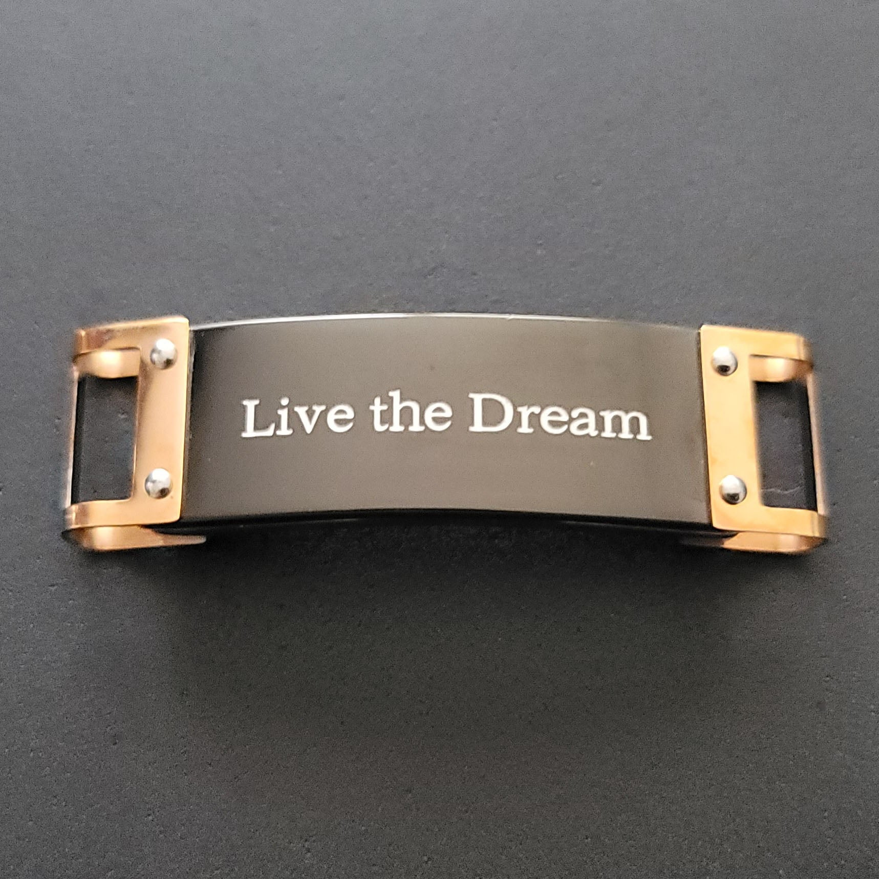 Live the Dream Laces Reminder