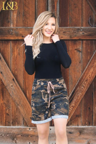 Bella Shorts - Camo
