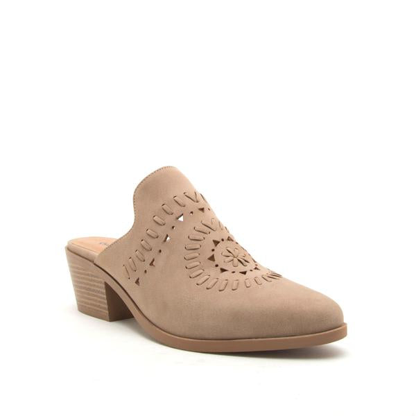 Montana-48 Warm Taupe Distressed Mule
