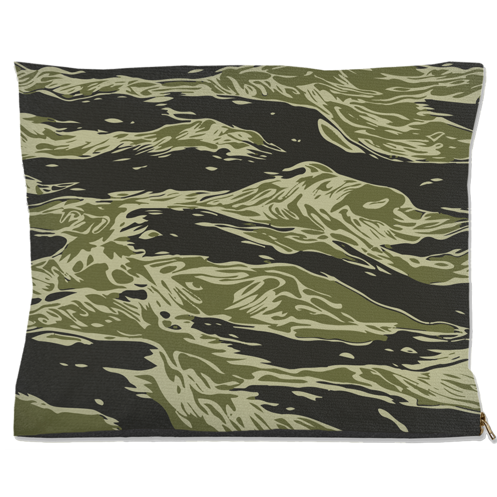 Water Resistant Dog/Cat Bed- Camouflage Design
