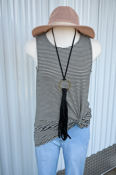 Black and White Open Back Sleeveless Top