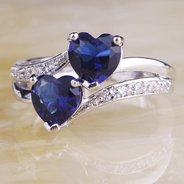 Twin Heart Ring - Luna's Warehouse
