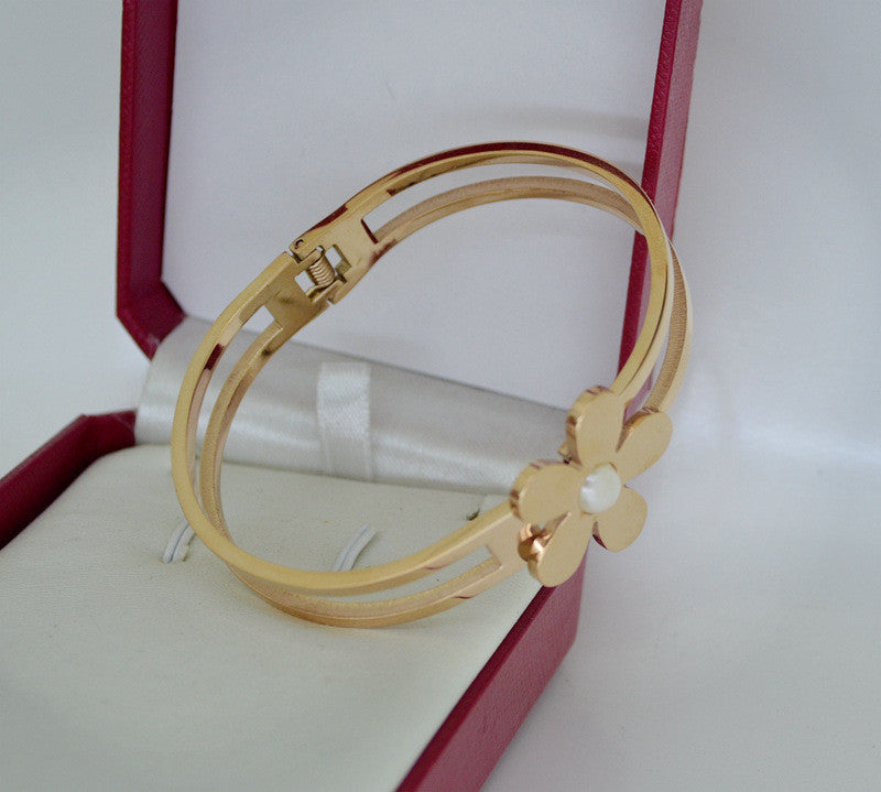 Flower Bangle Bracelet - Luna's Warehouse