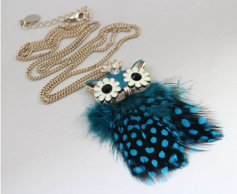 Spotted Feather Owl Pendant - Luna's Warehouse