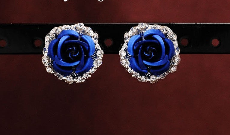 Halo Flower Stud Earrings - Luna's Warehouse