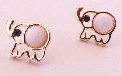 Elephant Stud Earrings - Luna's Warehouse