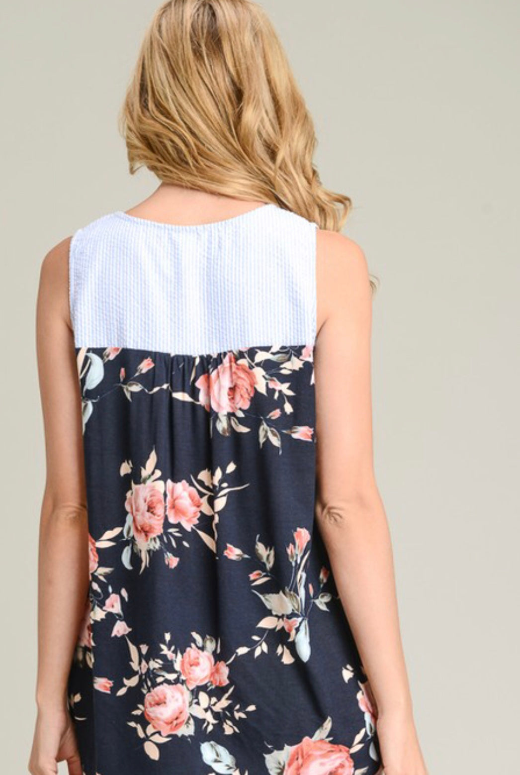Love at first sight Floral Tank Top - Navy