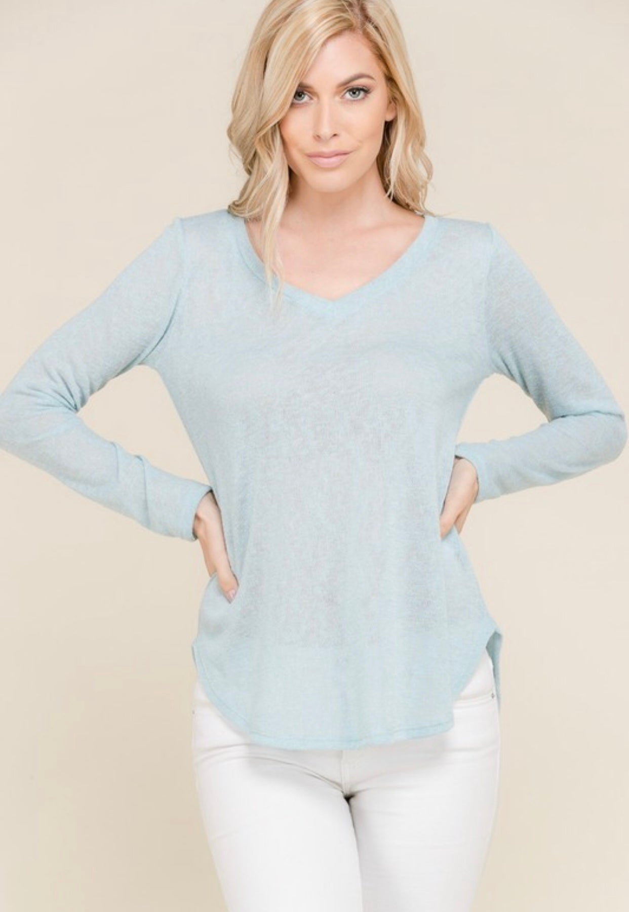Free Fallin' V Neck Top - Milky Blue