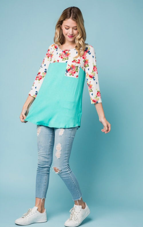 Flower's Bloomin' Top