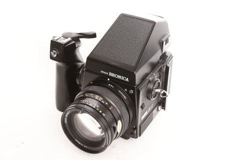 Bronica GS-1 with Prism Finder