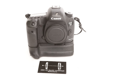 Canon EOS 5D Mark III with BG-E11 Battery Grip
