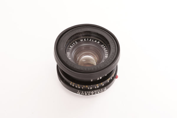 Leica M 40mm f2 Summicron-C with lens hood 12518