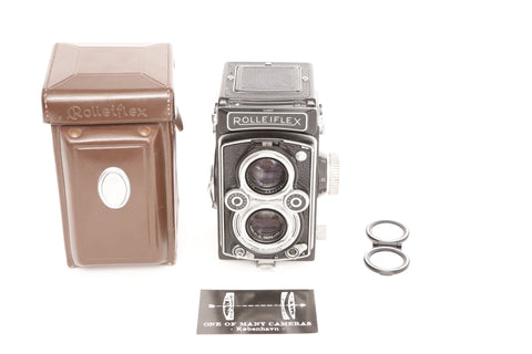 Rolleiflex K4B TLR with 75mm f3.5 Zeiss Tessar and leather case