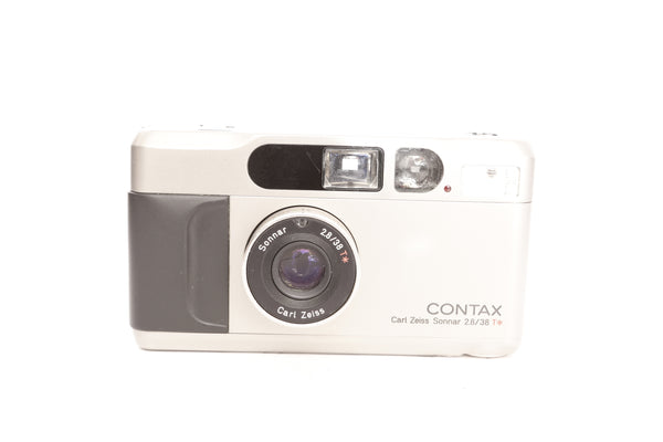 Contax T2 with case and strap