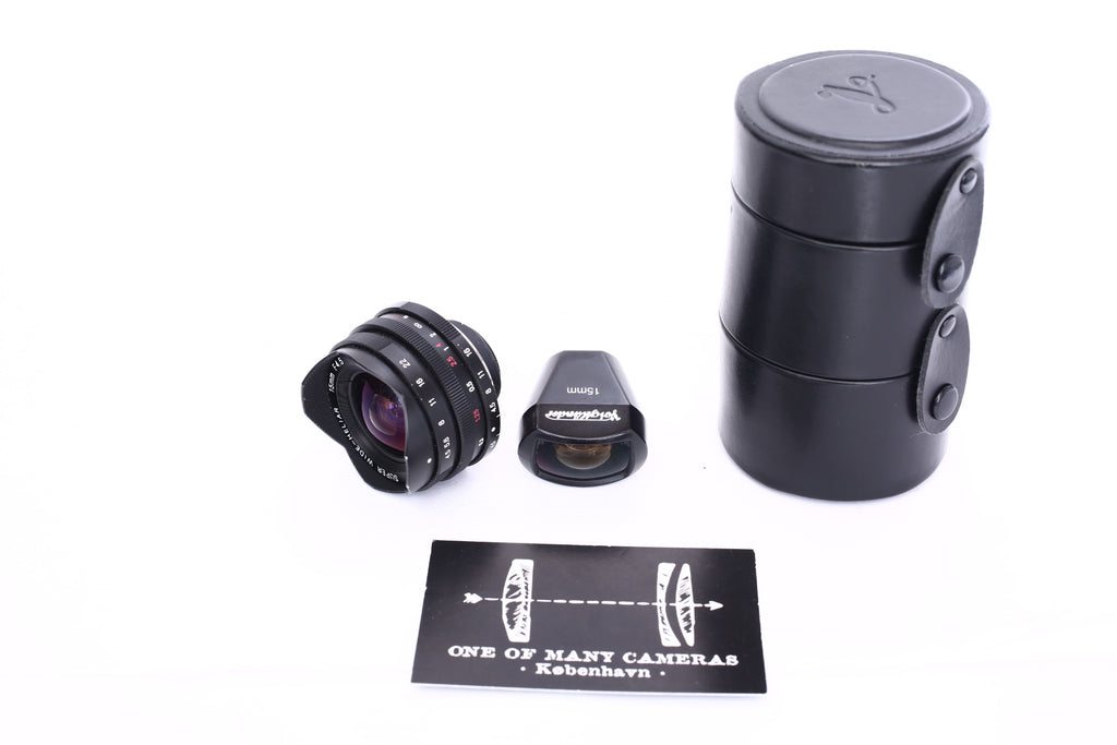 Voigtlander 15mm f4.5 Super Wide-Heliar Aspherical with viewfinder and case