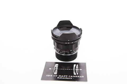 Voigtlander 15mm f4.5 Super Wide-Heliar Aspherical III with hood - Leica Mount