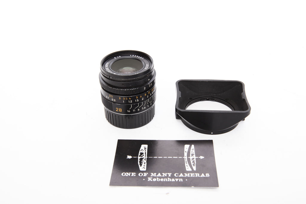 Leica 28mm f2 Summicron-M Asph with hood 12451